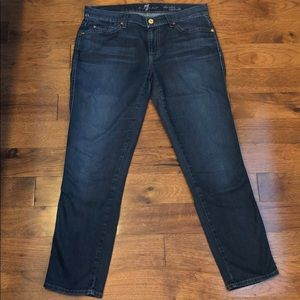 7 For All Mankind cropped skinny jeans in size 29
